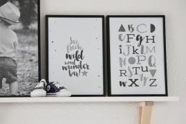 Sei frech und Alphabet grau